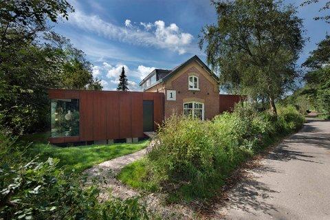 Lukeandjules_railway-house-1
